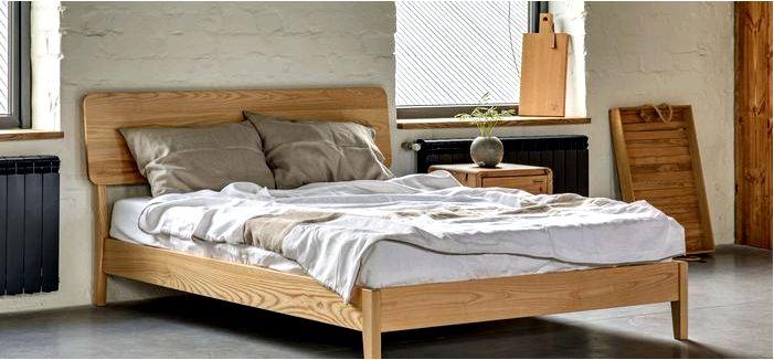 Как выбрать деревянную кровать для спальни