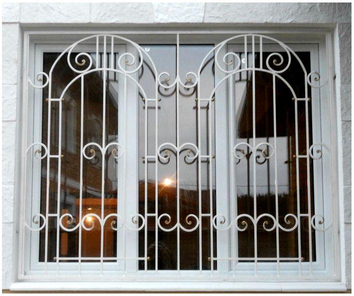 Как выбрать металлические решетки на окна