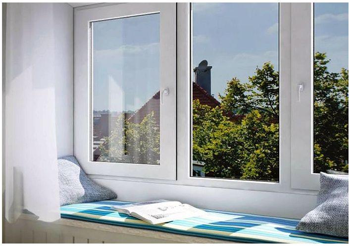 Какие окна лучше ставить в частный дом: советы по выбору